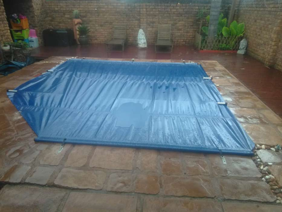 SWIMMING-POOL-COVER-1