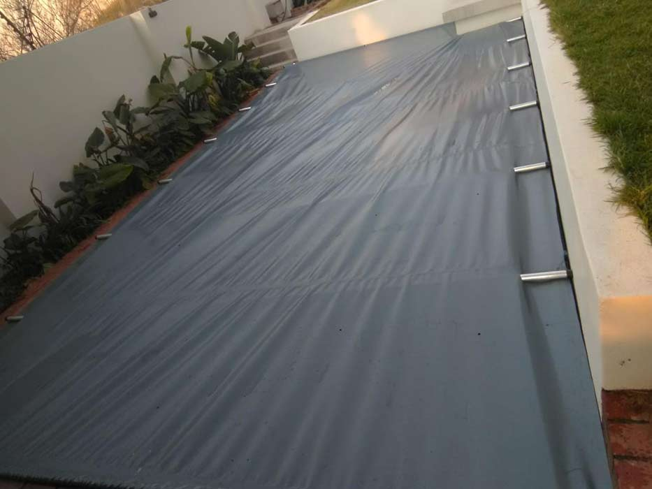 SWIMMING-POOL-COVER-10